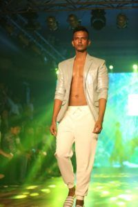 IBFW_2016_Varun_Bahl_Men_Blazer_Fashion_Style