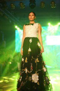 IBFW_2016_Varun_Bahl_Monochrome_Fashion_Style