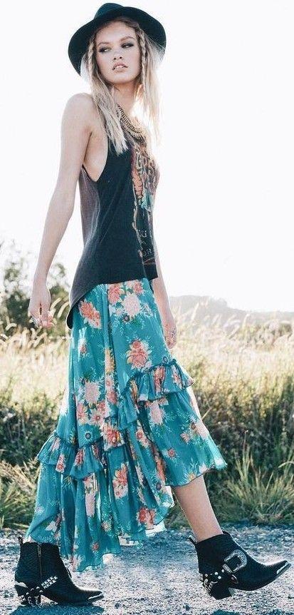 Graphic_Tshirts_Bohemian_Fashion_Style