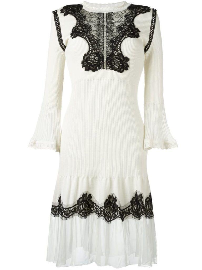 Zodiac_signs_white_cancer_fashion_style