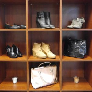 Clothes_accessories_shelf_fashion_style