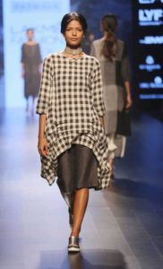 Lakme_Fashion_Week_2016_Padmaja_Fashion_Style