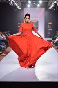 Purvi_Doshi_Bangalore_Fashion_Week_Red_Style