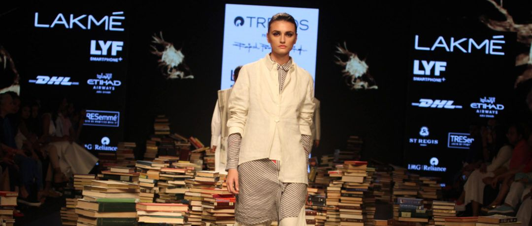 Lakme_Fashion_Week_2016_Featured_RajeshPratap_Fashion_Style
