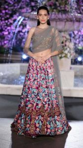 Lakme_Fashion_Week_2016_Manish_Malhotra_Fashion_Style
