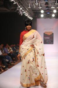Purvi_Doshi_Bangalore_Fashion_Week_Saree_Style