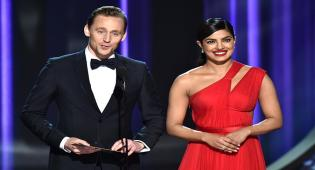Emmy_Red_Carpet_PriyankaChopra_TomHiddleston_fashion_style