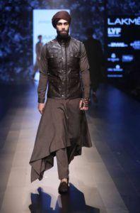 Lakme_Fashion_Week_2016_Menswear_Shantanu_Nikhil_Brown_Fashion_Style