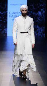 Lakme_Fashion_Week_2016_Menswear_Shantanu_Nikhil_White_Fashion_Style