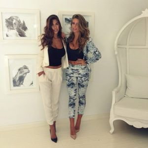 Now_Trending_Pantsuits_Prints_Fashion_Style