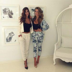 Now_Trending_Pantsuits_Prints_Fashion_Style