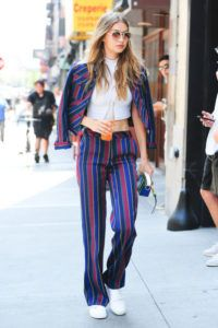 Supermodels_offduty_Gigi_Hadid_Stripes_Fashion_Style