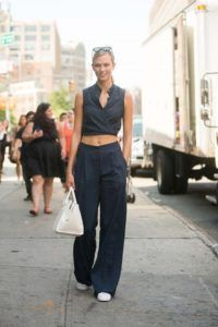 Supermodels_offduty_Karlie_Kloss_blue_Fashion_Style