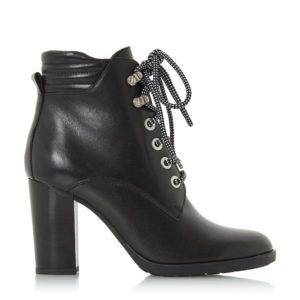 boots_dressbusters