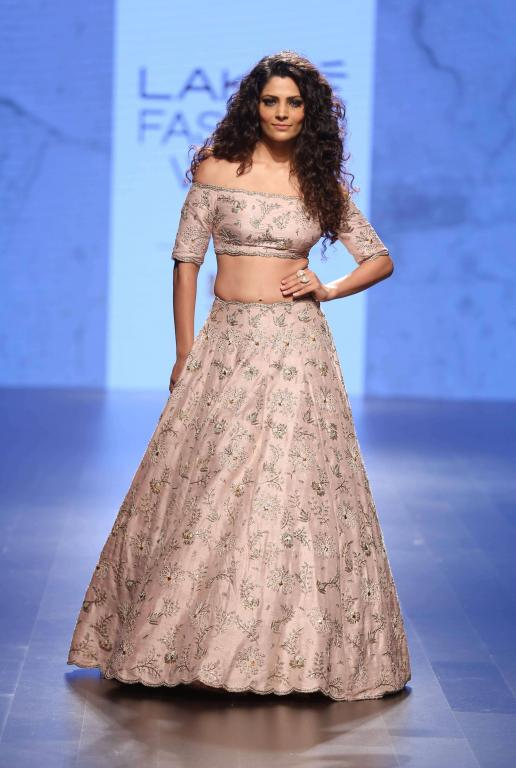Payal_Singhal_Saiyami_Kher_Lakme_Fashion_Week_Style