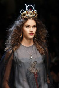 milan_fashionweek_dolcegabbana_headgear_fashion_style