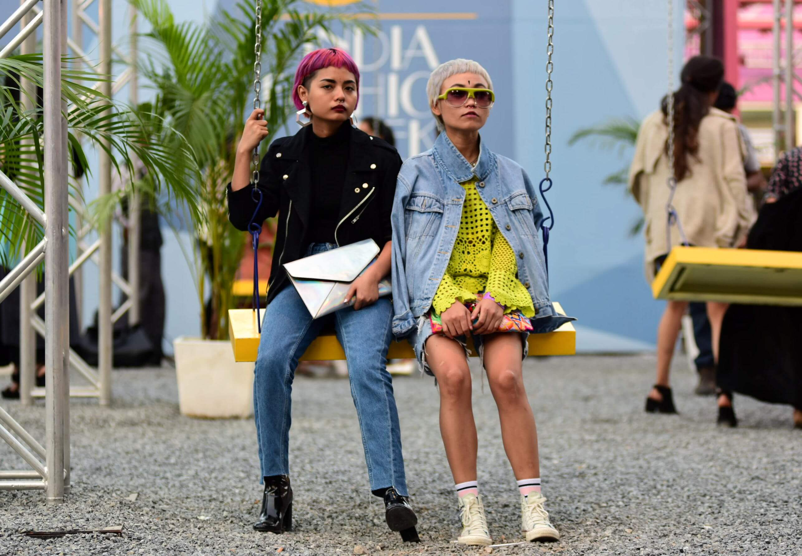 amazonindiafashionweek_ss17_streetstyle_featured_fashion_style