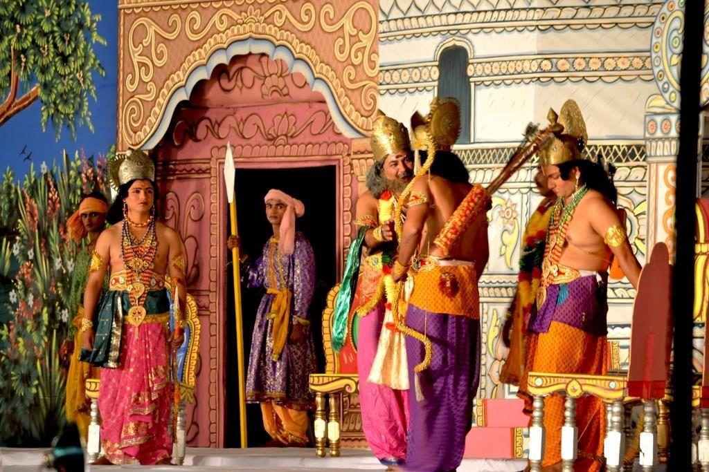 navratri_dussehra_delhi_ramlila_sriramlilacommittee_fashion_style