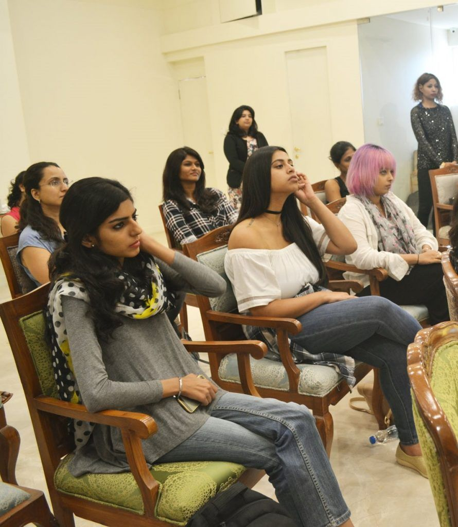 imagemakeover_workshop_women_audience_fashion_style