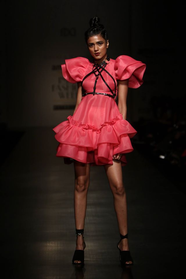 amazonindiafashionweek_trends_gaurinainika_ss17_fashion_style