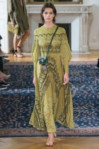 parisfashionweek_valentino_ss17_fashion_style