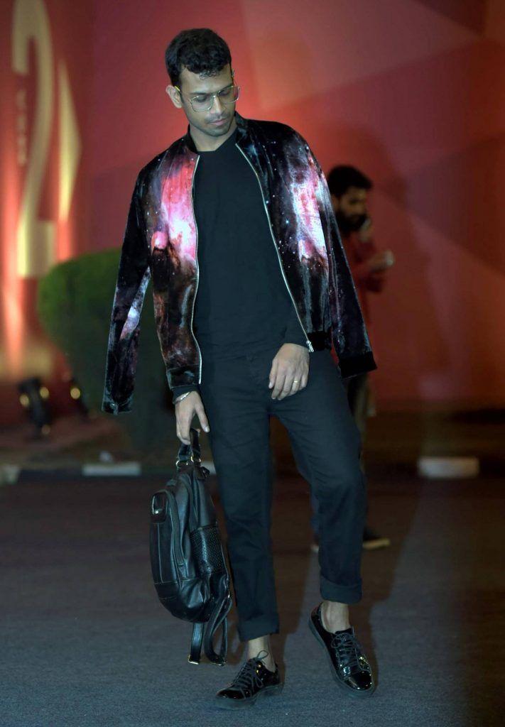 amazonindiafashionweek_ss17_streetstyle_bomberjacket_fashion_style