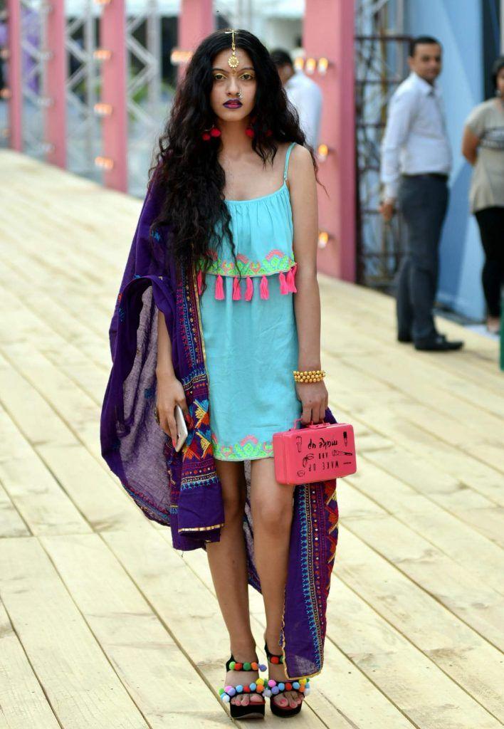 amazonindiafashionweek_ss17_streetstyle_kitschy_fashion_style