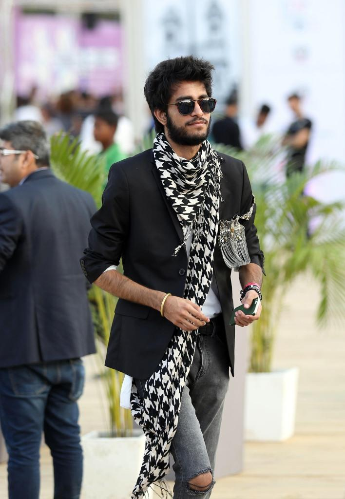 men_amazonindiafashionweek_black_fashion_style