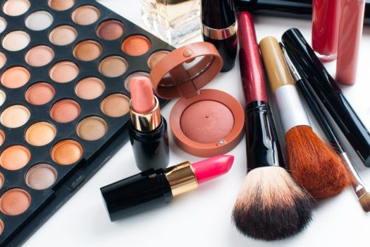 7 No Muss, No Fuss Makeup Hacks