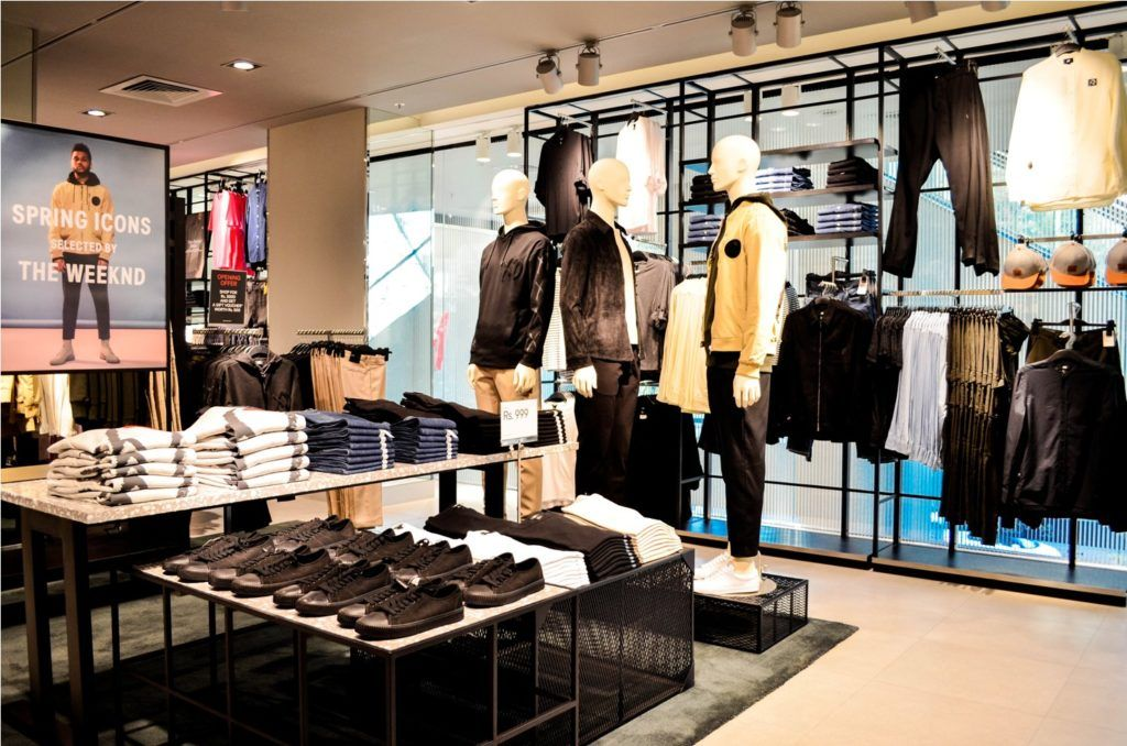 H&M 1 MG Mall Bengaluru Opening - Men's Section