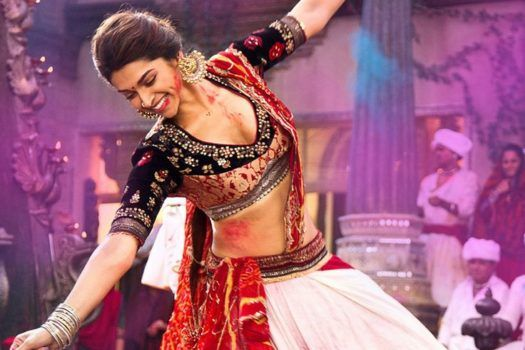 BOLLYWOOD INSPIRED HOLI PLAYLIST TO GET YOU GROOVING!