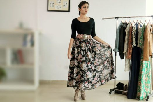 4 ways to Style Your Floral Maxi Skirt
