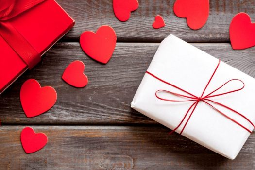 Gifts for his and her This Valentine's