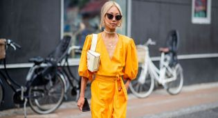 vanessa-hong-wearing-yellow-dress-is-seen-outside-stine-news-photo-1013498936-1562326400