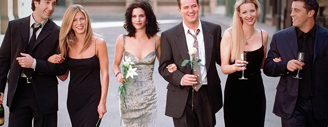 TOP FASHION LOOKS FROM F.R.I.E.N.D.S