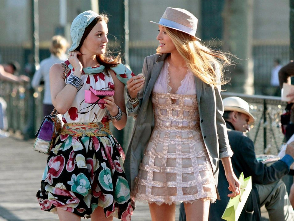 00-promo-image-gossip-girl-anniversary-shop-serena-and-blair-looks