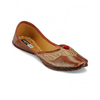Yepme Brown Art Leather Velvet Mojaris