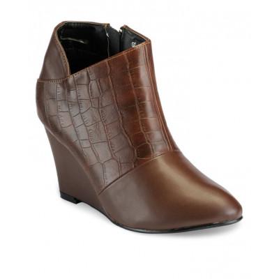 Yepme Women's Brown Boots